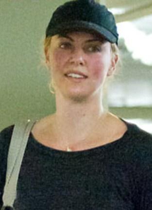 Charlize Theron No Makeup