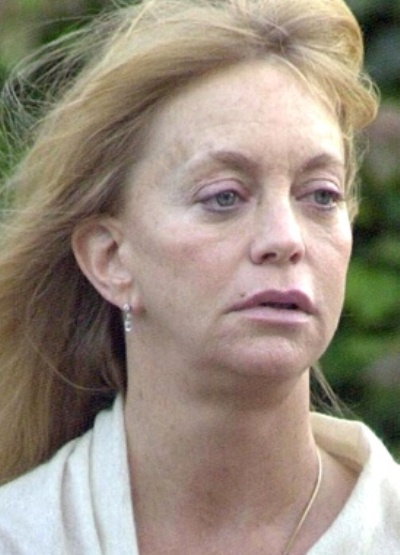 Goldie Hawn Without Ma...