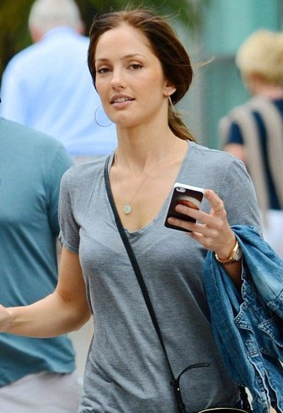 Minka Kelly No Makeup