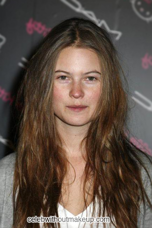 Behati Prinsloo Celeb Without Makeup 1