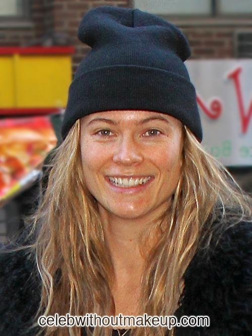 Behati Prinsloo Celeb Without Makeup 6