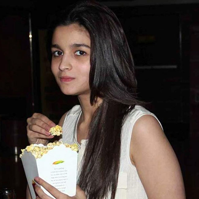 Alia Bhatt Pic Without Makeup