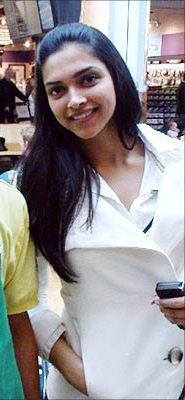 Deepika Padukone no makeup