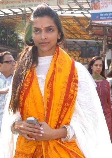 Deepika Padukone without makeup