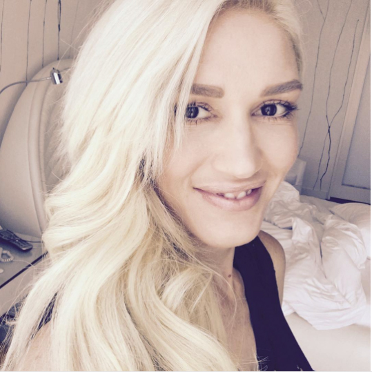 Gwen Stefani No Makeup Selfie